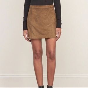 Abercrombie Brown Suede Skirt 00